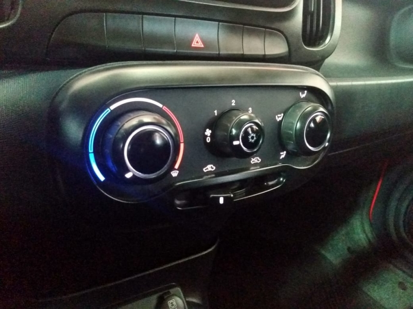 Fiat Mobi LIKE 1.0  FIRE 2020 imagem 11