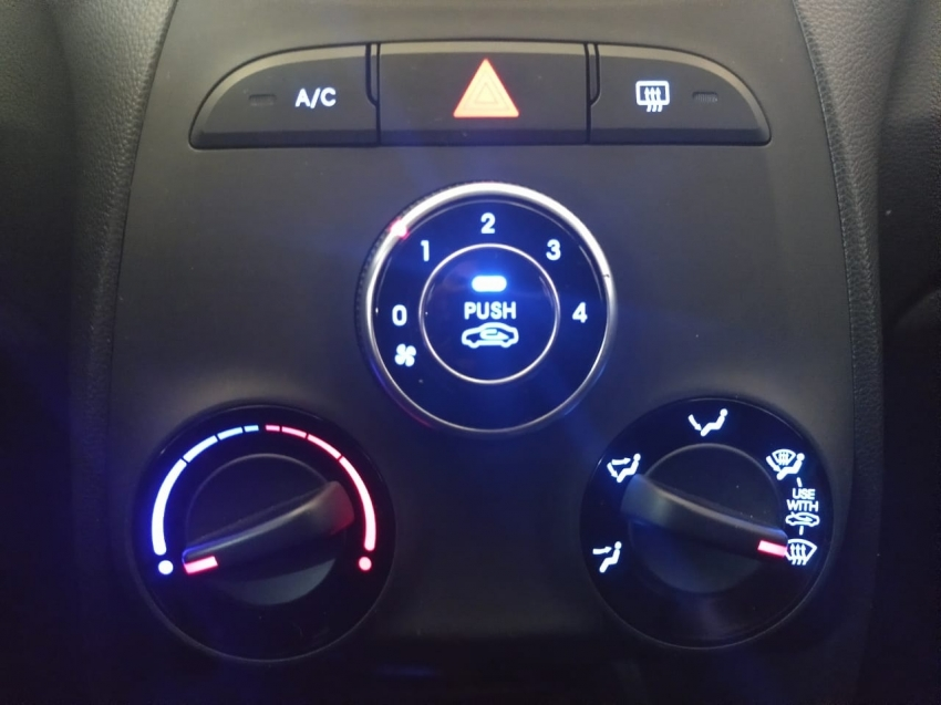 Hyundai HB20 1.6  COMFORT  PLUS 2017 imagem 17