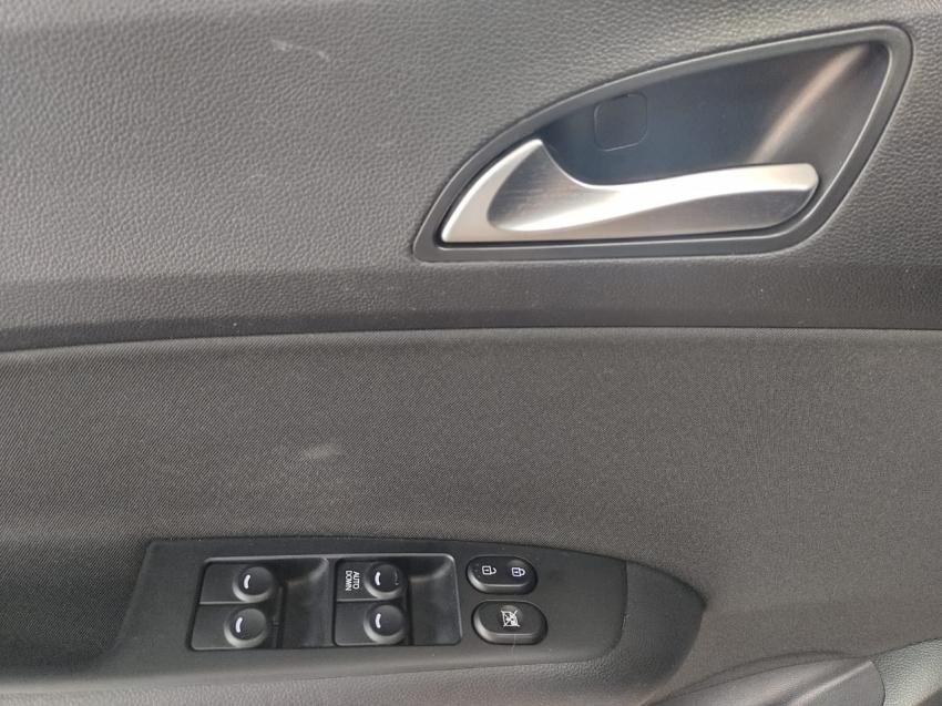 Hyundai HB20 1.6  COMFORT  PLUS 2017 imagem 8