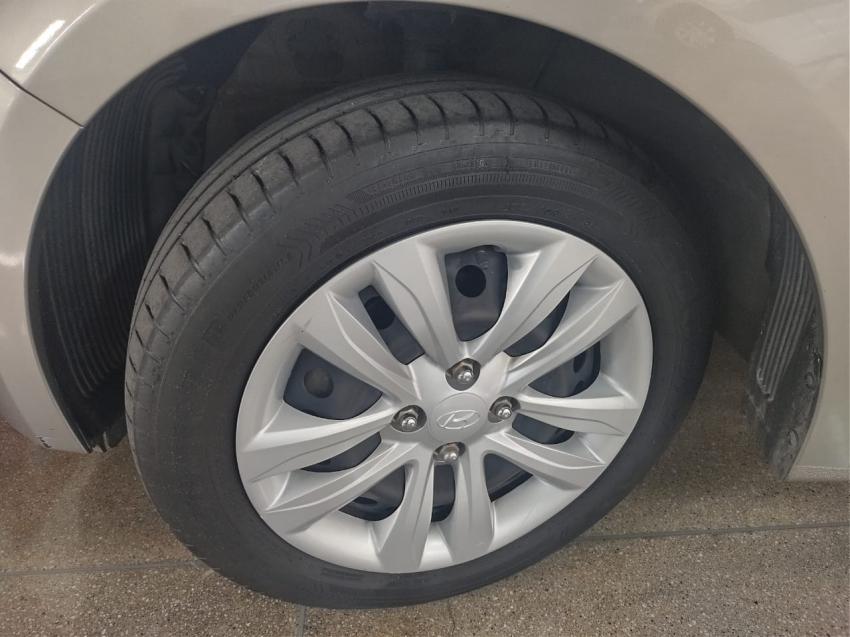 Hyundai HB20 1.6  COMFORT  PLUS 2017 imagem 22
