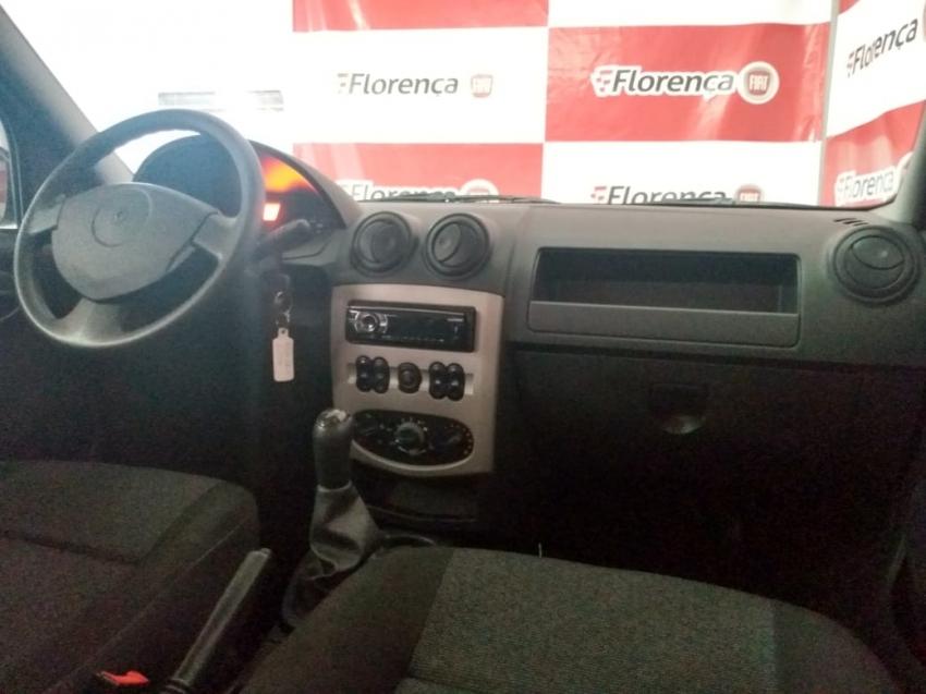 Renault Logan expression  1.0  16V 2014 imagem 15