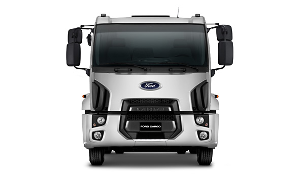 Conceito global de Design Kinetic da Ford, combinado com linhas que representam a força e robustez do C-1723 Kolector.
