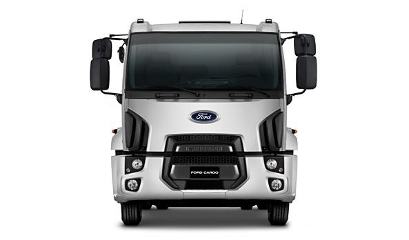 Conceito global de Design Kinetic da Ford, combinado com linhas que representam a força e robustez do C-1723 Kolector.