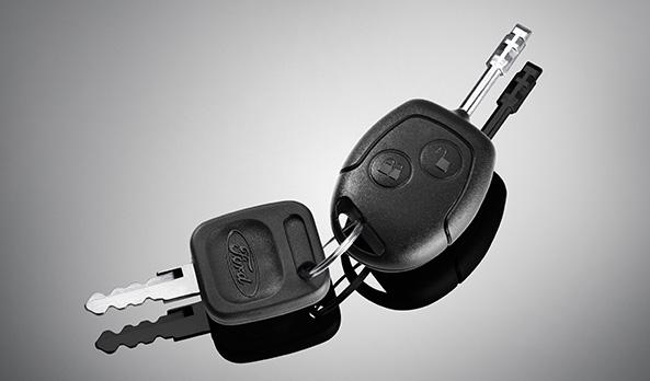 A chave do veículo vem com o sistema PATS de segurança antifurto da Ford.