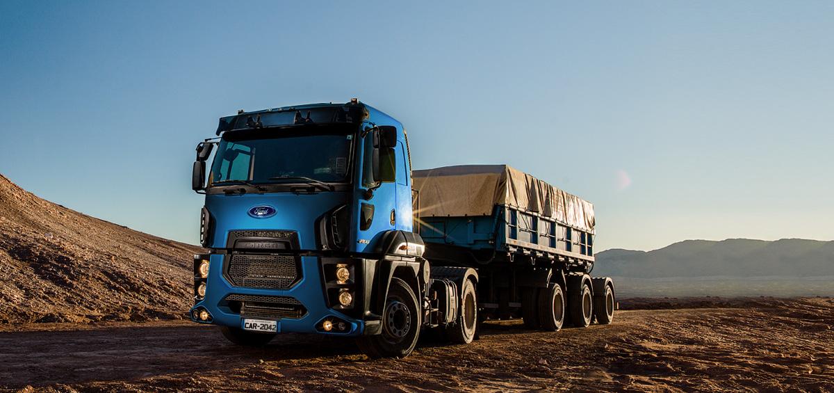 Caminhões Novos Cargo-2842 (6X2) Tractor