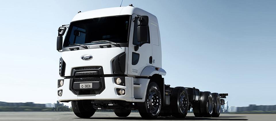 Caminhões Novos Cargo-3031 (8X2)