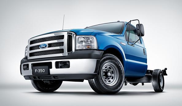 Ainda mais potente que sua versão anterior, a nova F-350 volta ainda mais forte. Um caminhão que aguenta todas as necessidades do motorista.
