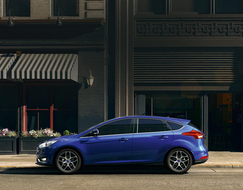 Ford Focus Hatch Para quem tem paixão por dirigir