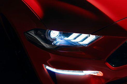 Carros Novos Ford Mustang Faróis de LED Ford Brenner Veículos