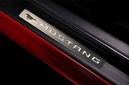 Carros Novos Ford Mustang Soleira Iluminada Ford Brenner Veículos