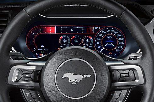 "Carros Novos Ford Mustang Tela de 12"" Digital Configurável Ford Brenner Veículos"