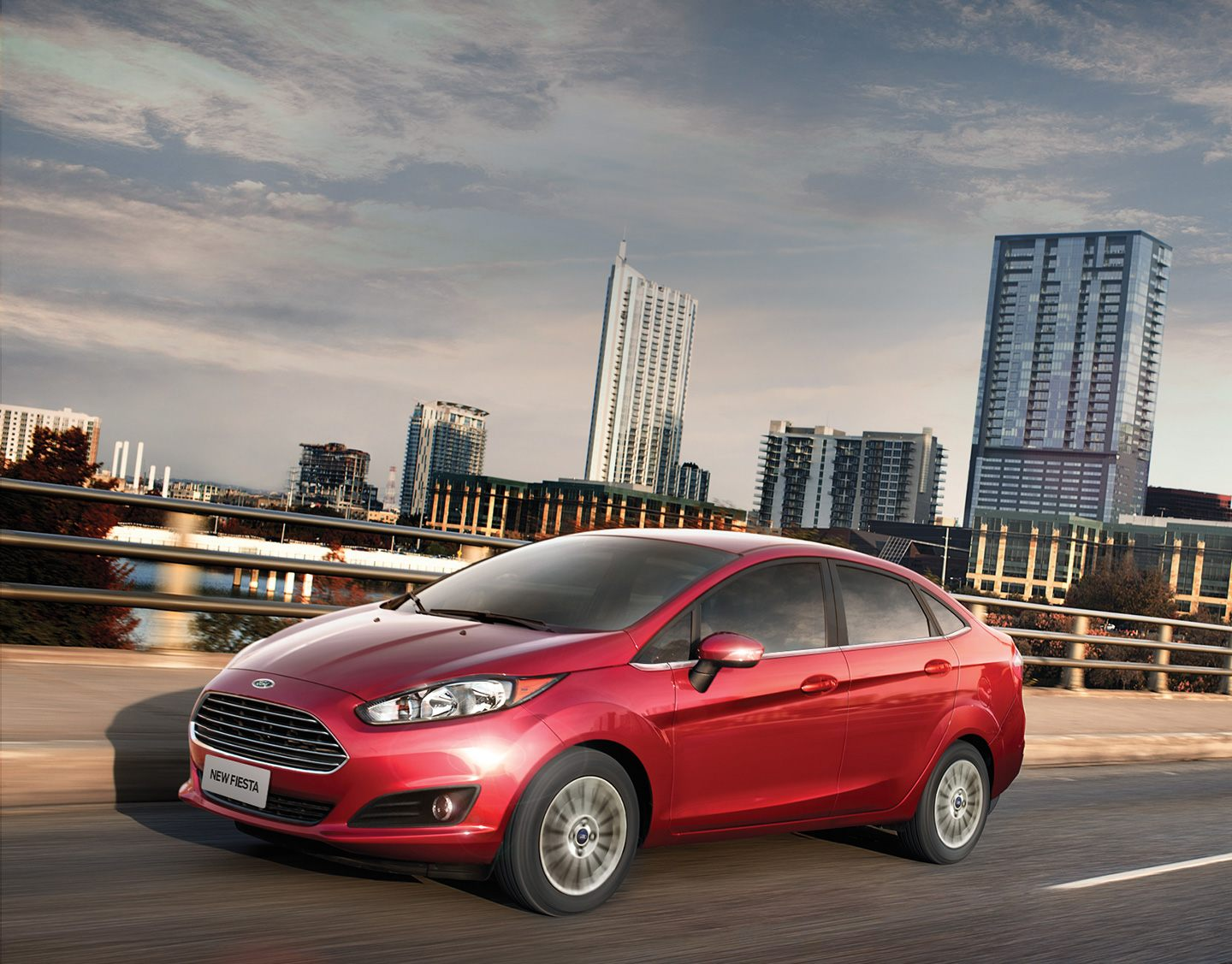 Ford New Fiesta Sedan Surpreenda-se com o New Fiesta Sedan.
