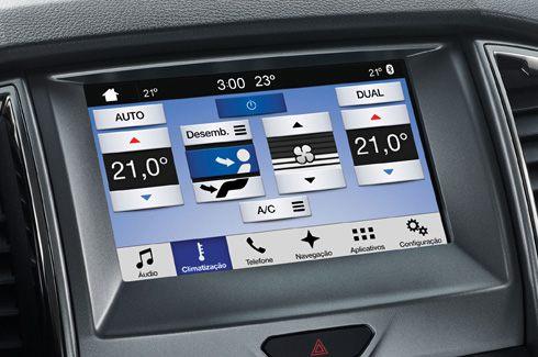 Ar-Condicionado Automático e Digital Dual Zone