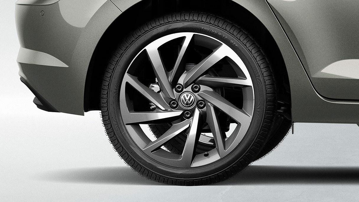 Freios a disco nas quatro rodas, maior segurança nas frenagens